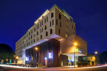 MÙ Hotel Ipoh Exterior Night View
